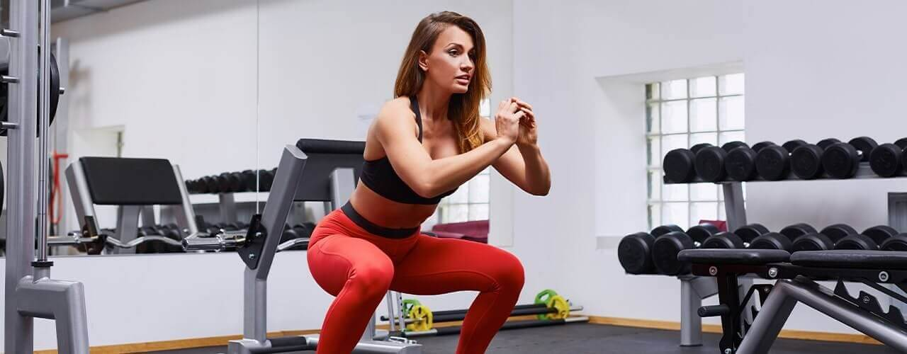perform perfect Squats with PT Assistance